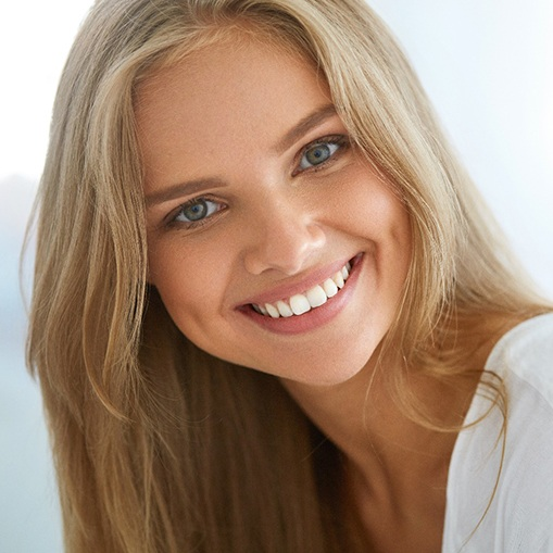 Woman smiling with bright, white teeth